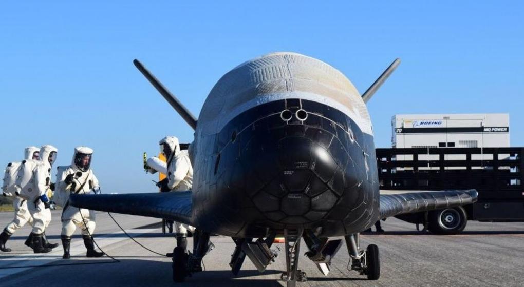 Trump quiere que EE.UU. tenga una fuerza militar espacial y el proyecto va al Congreso