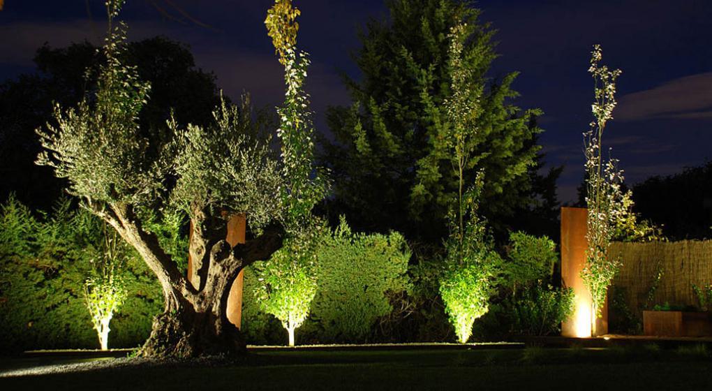 1 de noviembre de 2016 1011 casa diseo iluminacin - Iluminacion Jardin