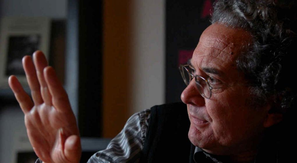 Ricardo Piglia: una máquina de escribir (y de leer) | El sitio de ...